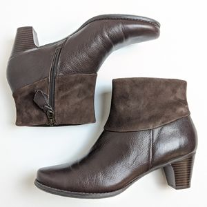 NWOT Soft Walk brown ankle boots booties size 10.5
